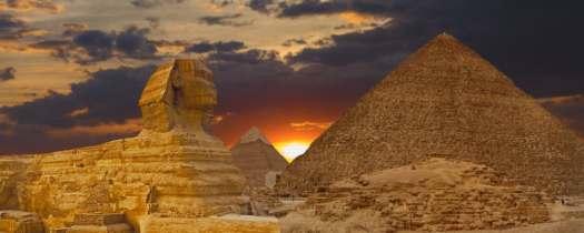 pyramids-sphinx